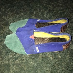 Toms leather loafers  blue green 7